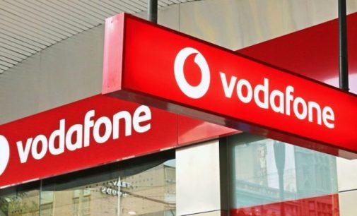 Vești bune pentru toți abonații! Vodafone, somată de instanță să elimine clauzele abuzive din contracte