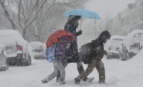 Cursurile în școlile din Prahova ar putea fi suspendate din cauza gerului! Totul se decide mâine